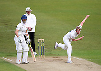 PICTURE BY VAUGHN RIDLEY/SWPIX.COM - Cricket - County Championship Div 2 - Yorkshire v Essex, Day 3 - Headingley, Leeds, England - 21/04/12 - Yorkshire's Steve Patterson.