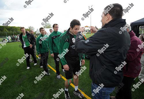 2013-05-26 / Korfbal / seizoen 2012-2013 / Boeckenberg - Voorwaarts / Voorwaarts moet tevreden zijn met een troostprijs..Foto: mpics
