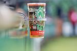 11.02.2018, Weserstadion, Bremen, GER, 1.FBL, SV Werder Bremen vs VfL Wolfsburg<br /> <br /> im Bild<br /> Getr&auml;nkebecher / Bierbecher mit Halterung, Feature, <br /> <br /> Foto &copy; nordphoto / Ewert