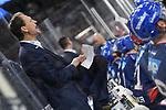 Mannheims Trainer Pavel Gross  beim Spiel in der DEL, Adler Mannheim (blau) - Duesseldorfer EG (gelb).<br /> <br /> Foto &copy; PIX-Sportfotos *** Foto ist honorarpflichtig! *** Auf Anfrage in hoeherer Qualitaet/Aufloesung. Belegexemplar erbeten. Veroeffentlichung ausschliesslich fuer journalistisch-publizistische Zwecke. For editorial use only.