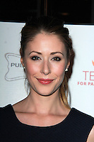 Amanda Crew<br />