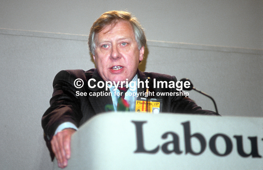 Roy Hattersley, MP, Labour Party, UK, Shadow Chancellor of the Exchequer, speaking at his party's annual conference September 1986. 19860925RH7<br /> <br /> Copyright Image from Victor Patterson, 54 Dorchester Park, Belfast, UK, BT9 6RJ<br /> <br /> t1: +44 28 9066 1296 (from Rep of Ireland 048 9066 1296)<br /> t2: +44 28 9002 2446 (from Rep of Ireland 048 9002 2446)<br /> m: +44 7802 353836<br /> <br /> e1: victorpatterson@me.com<br /> e2: victorpatterson@gmail.com<br /> <br /> The use of any of my copyright images is subject to my Terms &amp; Conditions.<br /> <br /> It is IMPORTANT that you familiarise yourself with them. They are available on my website, victorpatterson.com.<br /> <br /> None of my copyright images may be used on the Internet unless they are visibly watermarked, i.e. &copy; Victor Patterson within the body of the image. Metadata denoting my copyright must NOT be deleted. <br /> <br /> Web use is extra at currently recommended NUJ rates.