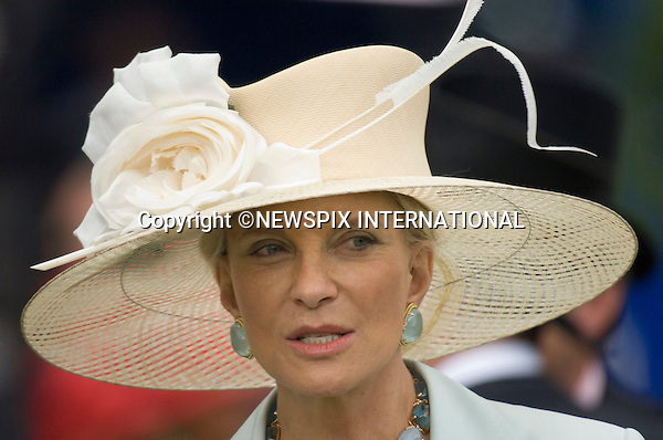 "ROYAL ASCOT 2009_day 1.Queen , Prince Philip, Prince Charles, Camilla, Duchess of Cornwall, Princes Anne, Prince Andrew and Princess Beatrice, Ascot_16/06/2009.Mandatory Photo Credit: ©Dias/Newspix International..**ALL FEES PAYABLE TO: ""NEWSPIX INTERNATIONAL""**..PHOTO CREDIT MANDATORY!!: NEWSPIX INTERNATIONAL(Failure to credit will incur a surcharge of 100% of reproduction fees)..IMMEDIATE CONFIRMATION OF USAGE REQUIRED:.Newspix International, 31 Chinnery Hill, Bishop's Stortford, ENGLAND CM23 3PS.Tel:+441279 324672  ; Fax: +441279656877.Mobile:  0777568 1153.e-mail: info@newspixinternational.co.uk"