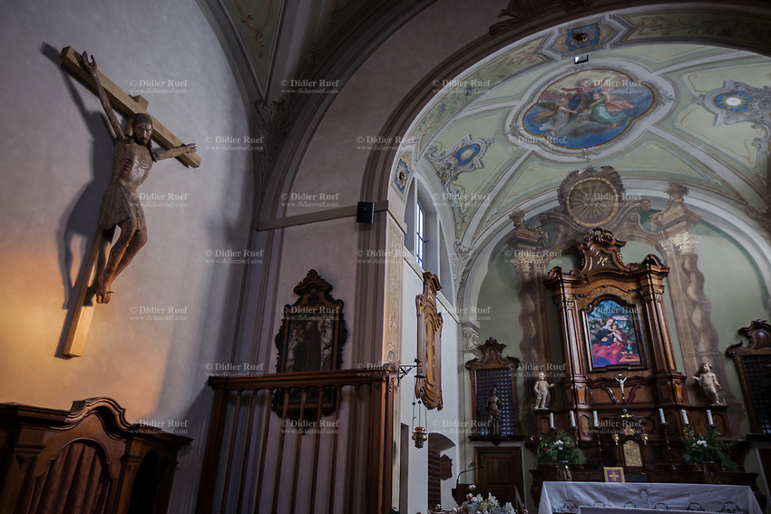 Switzerland. Canton Ticino. Bigorio. Monastery. Convento Santa Maria dei Frati Cappuccini. Chapel. Catholic church. The Order of Friars Minor Capuchin is an order of friars within the Catholic Church, among the chief offshoots of the Franciscans. Antique religious painting on the wall. 18.12.2018 © 2018 Didier Ruef