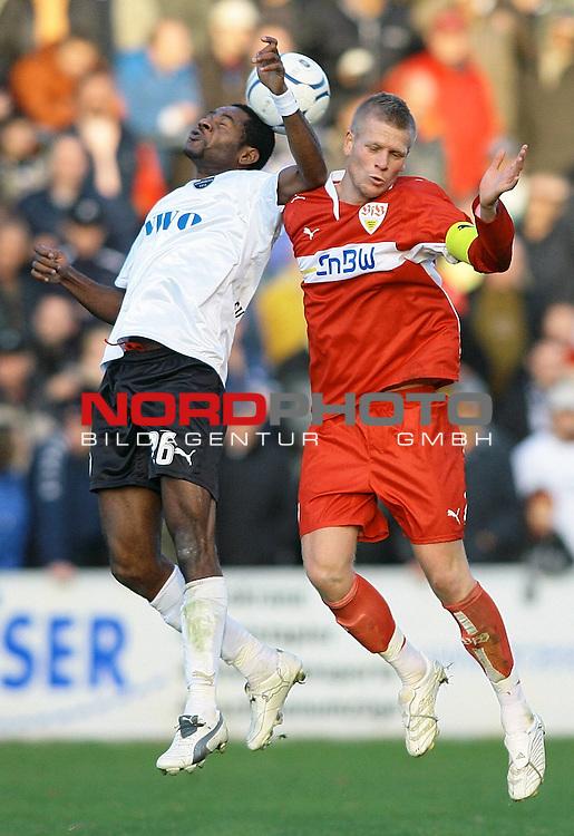 Fussball, Regionalliga S&uuml;d, Saison 2007/08, 17. Spieltag, SV Sandhausen vs. VfB Stuttgart II.<br /> <br /> Peter Perchtold (Stuttgart # 10) beim Kopfballduell mit Emmanuel Akwuegbu (Sandhausen # 26).<br /> <br /> <br /> Foto &copy; nph (  nordphoto  )<br /> <br />  *** Local Caption ***