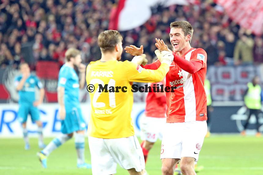 Siegesjubel Mainz von Loris Karius und Maximilian Geis - 1. FSV Mainz 05 vs. Eintracht Frankfurt, Coface Arena, 12. Spieltag