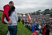 Faithful crowd the Circus Maximus in Rome, April 30, 2011, for a prayer vigil honoring Pope John Paul II on the eve of his beatification. .Migliaia di fedeli si sono radunati al Circo Massimo per assistere alla veglia in onore di Giovanni Paolo II.