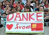 Internationale Fans beim Abschiedsspiel von Michael Ballack in der Red-Bull-Arena Leipzig. Unter dem Motto &quot;Ciao Capitano&quot; bestreitet der Ex-Fussballprofi sein letztes gro&szlig;es Spiel mit Freunden in Leipzig gegen eine Auswahl von Wegbegleitern. <br /> Foto: Christian Nitsche