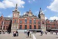 Nederland  Amsterdam - 2018.  Amsterdam Centraal Station.    Foto Berlinda van Dam / Hollandse Hoogte.