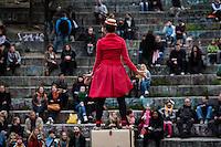 Berlin, Walpurgisnacht im Mauerpark am Dienstag (30.04.13) im Mauerpark in Berlin. Mehrere Hundert Menschen versammelten sich am Samstag im Park, um die Walpurgisnacht zu feiern. Foto: Maja Hitij/CommonLens