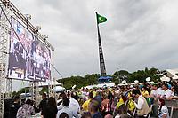 BRASILIA, DF, 01.01.2019 - BOLSONARO-POSSE-    Povo em frente ao Palácio do Planalto, durante a posse do presidente da República, Jair Bolsonaro, nesta terça, 01.(Foto:Ed Ferreira / Brazil Photo Press)
