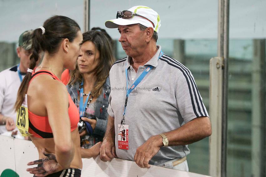 Roma 13/07/2007 Golden Gala Kinder di atletica leggera.Yelena Insinbayeva con il suo allenatore Petrov.foto Omega/Colombo Giancarlo