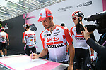 Victor Campenaerts (BEL) and Lotto-Soudal at sign on before the start of Stage 13 of the 2019 Giro d'Italia, running 196km from Pinerolo to Ceresole Reale (Lago Serrù), Italy. 24th May 2019<br /> Picture: Gian Mattia D'Alberto/LaPresse | Cyclefile<br /> <br /> All photos usage must carry mandatory copyright credit (© Cyclefile | Gian Mattia D'Alberto/LaPresse)
