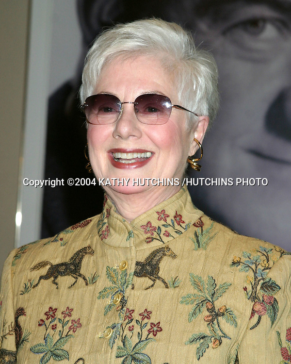 ©2004 KATHY HUTCHINS /HUTCHINS PHOTO.EUGENE O'NEILL THEATER .HONORS KARL MALDEN.BEVERLY HILLS, CA.NOVEMBER 11, 2004..SHIRLEY JONES