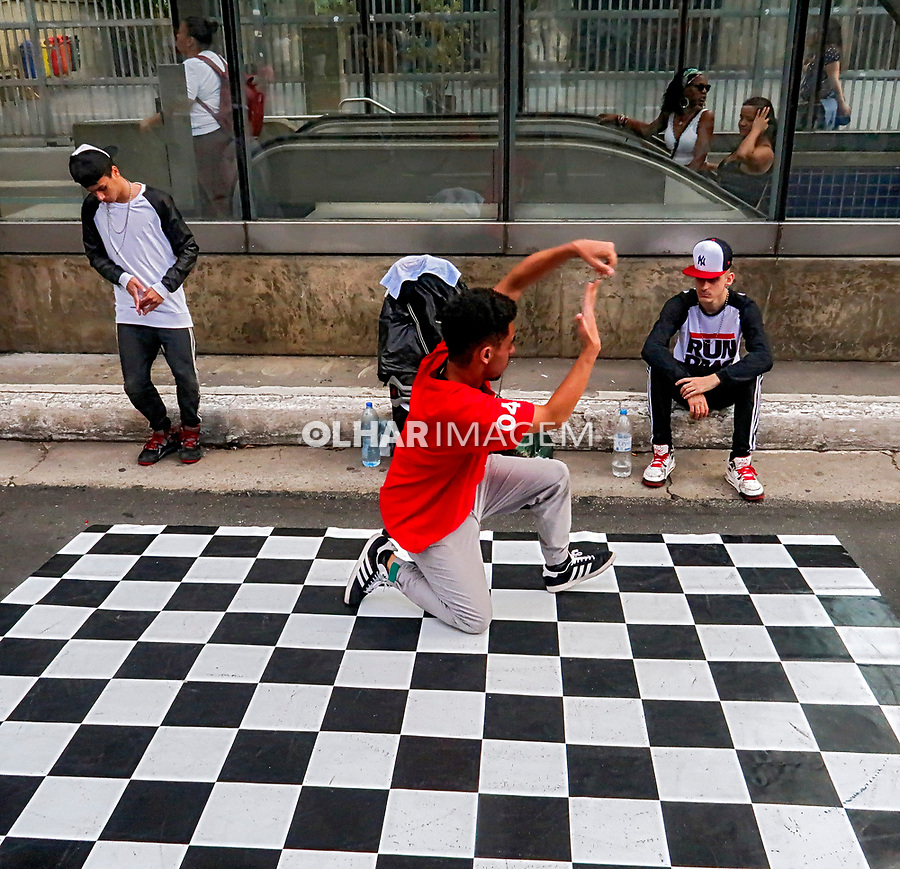 Domingo de lazer na Avenida Paulista. Sao Paulo. 2019. Foto Juca Martins