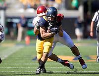 Daniel Lasco of California runs the ball during the game against Washington State at Memorial Stadium in Berkeley, California on October 5th, 2013.  Washington State defeated California, 44-22.