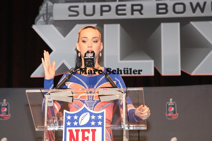 Katy Perry tritt in der Halbzeitshow beim Super Bowl XLIX auf - Entertainment Pressekonferenz, Convention Center Phoenix