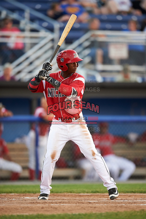 Batavia Muckdogs shortstop Samuel Castro (25) at bat during a game against the Brooklyn Cyclones on July 5, 2016 at Dwyer Stadium in Batavia, New York.  Brooklyn defeated Batavia 5-1.  (Mike Janes/Four Seam Images)