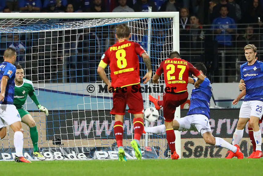 Andrej Kramaric (TSG 1899 Hoffenheim) zieht ab - SV Darmstadt 98 vs. TSG 1899 Hoffenheim, Johnny Heimes Stadion am Boellenfalltor
