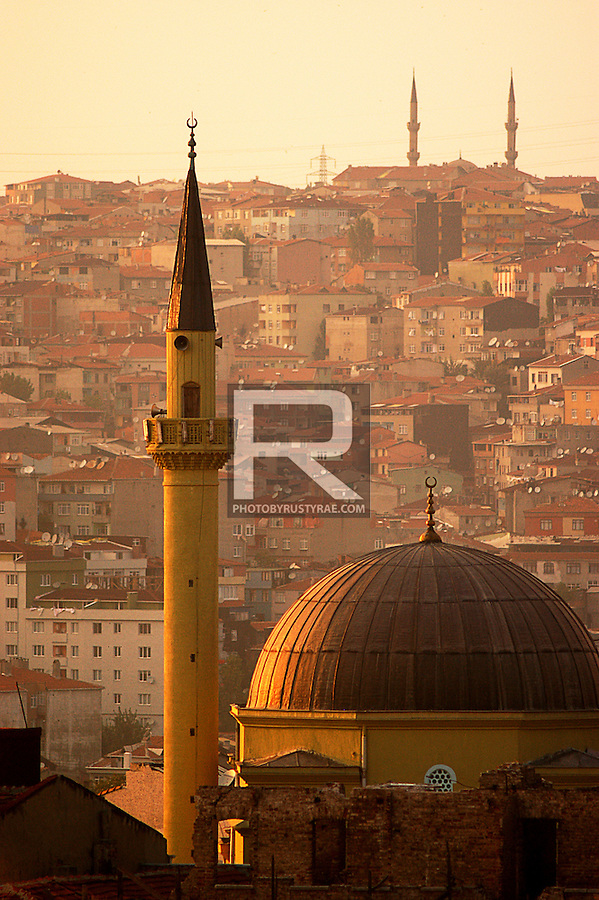 Sunset in Istanbul, Turkey. The prayer towers broadcast an fugue of evening prayers.