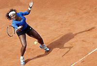 La statunitense Serena Williams in azione nel corso degli Internazionali d'Italia di tennis a Roma, 16 maggio 2012..U.S. Serena Williams in action during the italian Open tennis tournament in Rome, 16 may 2012..UPDATE IMAGES PRESS/Riccardo De Luca