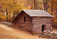 AJ3143, cabin, log cabin, Virginia, Blue Ridge Parkway, Historic farmstead (an 1890s mountain farm) at Humpback Rocks along the Blue Ridge Parkway in the state of Virginia.
