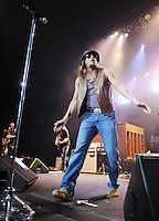 HOLLYWOOD, FL - DECEMBER 30: Kid Rock performs during the 'Rebel Soul Tour' at Hard Rock Live! in the Seminole Hard Rock Hotel & Casino on December 30, 2012 in Hollywood, Florida.  © MPI10/MediaPunch Inc /NortePhoto