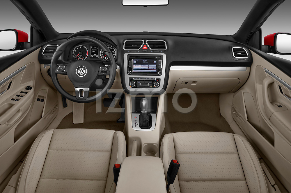 Straight dashboard view of a 2012 Volkswagen EOS Komfort .