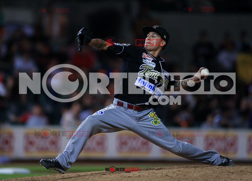 Jose Sanchez pitcher relevo , durante el 3er. encuentro de la serie de beisbol entre Tomateros vs Naranjeros. Temporada 2016 2017 de la Liga Mexicana del Pacifico.<br /> &copy; Foto: LuisGutierrez/NORTEPHOTO.COM