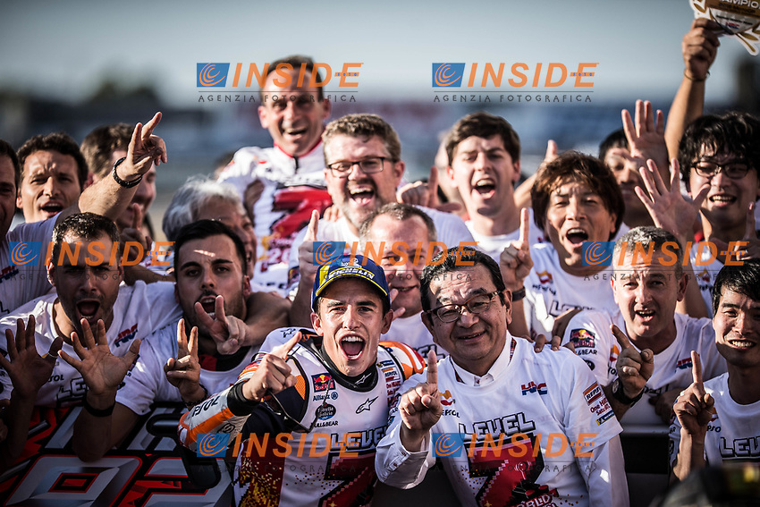 Esultanza Marc Marquez Campione del Mondo <br /> Celebration of Marc MArquez World Champion <br /> Motegi 21-10-2018 <br /> Moto Gp Giappone<br /> Foto Vincent Guignet / Panoramic / Insidefoto