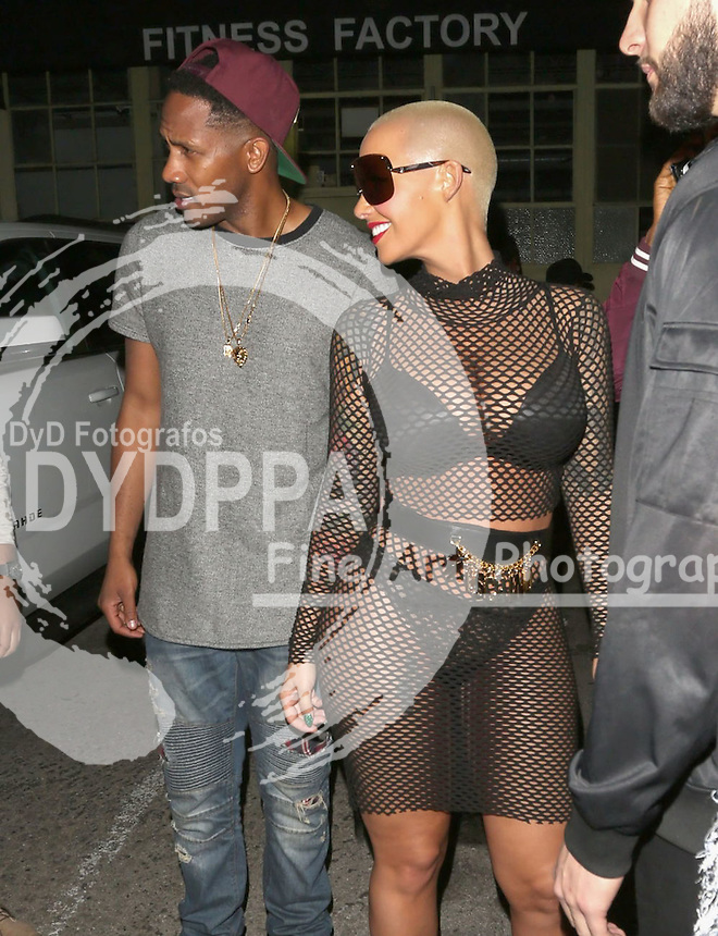 **ALL ROUND PICTURES FROM SOLARPIX.COM**<br /> **SOLARPIX RIGHTS - UK, AUSTRALIA, DENMARK, PORTUGAL, S. AFRICA, SPAIN &amp; DUBAI (U.A.E) &amp; ASIA (EXCLUDING JAPAN) ONLY**<br /> Caption:<br /> Amber Rose Sighted at Ace of Diamonds LA <br /> <br /> **STRICTLY NO ONLINE USAGE WITHOUT PRIOR AGREEMENT**<br /> JOB REF:18786     PHZ/JMX  DATE10.11.15<br /> **MUST CREDIT SOLARPIX.COM AS CONDITION OF PUBLICATION**<br /> **CALL US ON: +34 952 811 768**