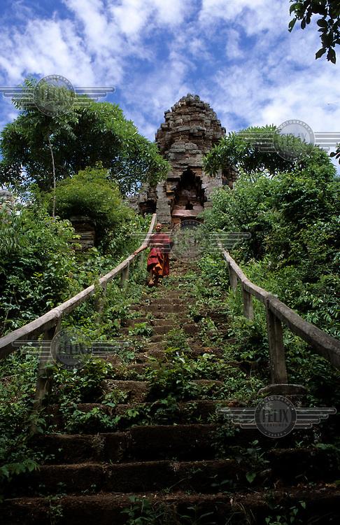 The staricase at Phnom Banan temple in Prasat Sheng village.