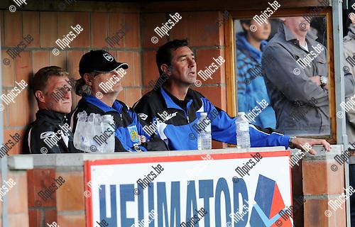 2012-07-12 / Voetbal / seizoen 2012-2013 / Houtvenne / Frank Dauwen (r.)..Foto: Mpics.be