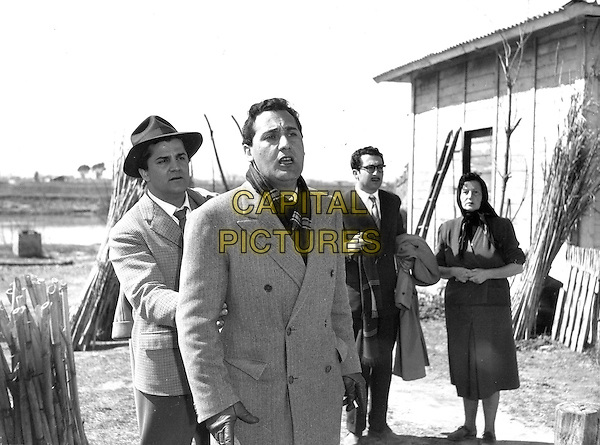 RICCARDO FELLINI, ALBERTO SORDI, LEOPOLDO TRIESTE & PAOLA BORBONI.in I Vitelloni.*Editorial Use Only*.www.capitalpictures.com.sales@capitalpictures.com.Supplied by Capital Pictures.