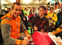 22-2-06, Netherlands, tennis, Rotterdam, ABNAMROWTT, Kidsday, autograph session with Christof Rochus