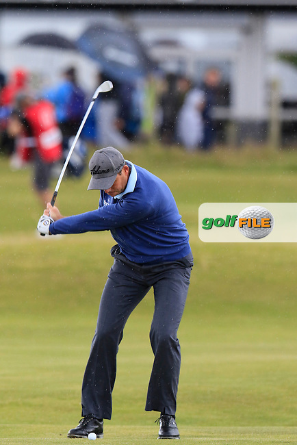 David HOWELL (ENG) chips into the 3rd green during Sunday's Round  of the 144th Open Championship, St Andrews Old Course, St Andrews, Fife, Scotland. 19/07/2015.<br /> Picture Eoin Clarke, www.golffile.ie