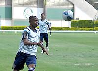 SÃO PAULO.SP. 02.04.2015 - PALMEIRAS TREINO - Gabriel Jesus atacante do Palmeiras durante o treino na Academia de Futebol zona oeste na nesta quinta feira 02.  ( Foto: Bruno Ulivieri / Brazil Photo Press )