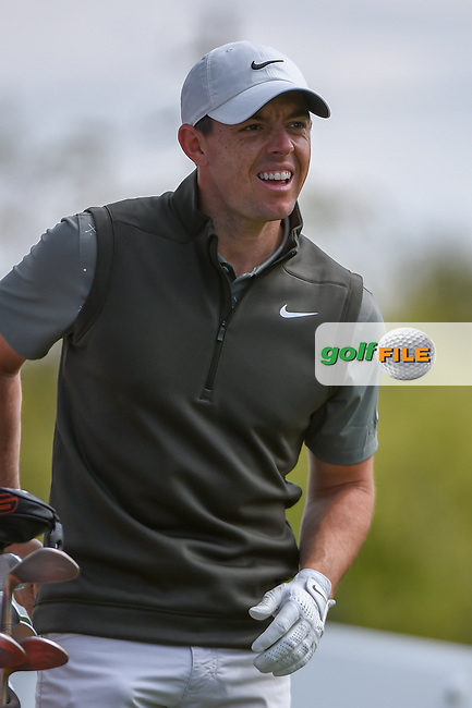 Rory McIlroy (NIR) looks over his tee shot on 3 during day 2 of the WGC Dell Match Play, at the Austin Country Club, Austin, Texas, USA. 3/28/2019.<br /> Picture: Golffile | Ken Murray<br /> <br /> <br /> All photo usage must carry mandatory copyright credit (© Golffile | Ken Murray)