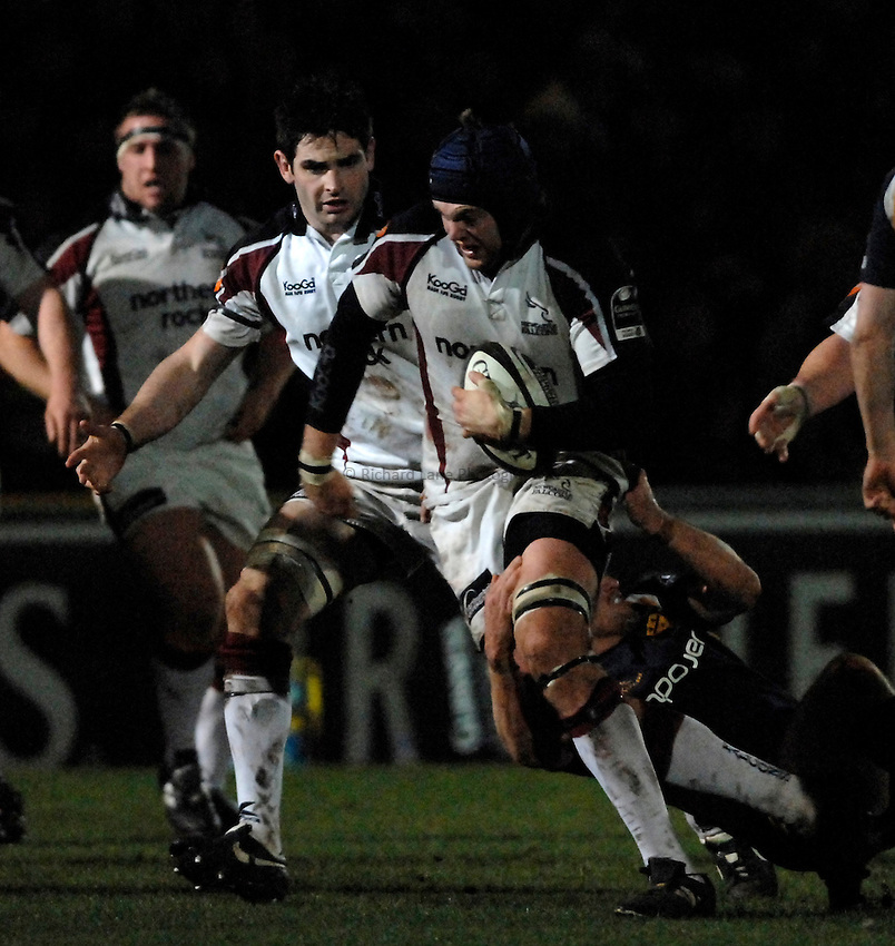 Photo: Richard Lane..Worcester Warriors v Newcastle Falcons. Guinness Premiership. 16/03/2007. .Falcons' Geoff Parling attacks.