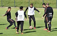 BOGOTA - COLOMBIA – 27 - 02 - 2018: Los jugadores de Corinthians (BRA), durante entreno previo al partido entre Millonarios (COL) y Corinthians (BRA), de la fase de grupos, grupo 7, fecha 1 de la Copa Conmebol Libertadores 2018, en el estadio El Campincito, de la ciudad de Bogota. / The players of Corinthians (BRA), during a traning sesión before a match between Millonarios (COL) and Corinthians (BRA), of the group stage, group 7, 1st date for the Conmebol Copa Libertadores 2018 in the El Campincito stadium, in Bogota city. VizzorImage / Luis Ramirez / Staff.