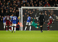 28th December 2019; London Stadium, London, England; English Premier League Football, West Ham United versus Leicester City; Kelechi Iheanacho of Leicester City heads the ball past keeper Fabianski to score his sides 1st goal in the 39th minute to make it 0-1 - Strictly Editorial Use Only. No use with unauthorized audio, video, data, fixture lists, club/league logos or 'live' services. Online in-match use limited to 120 images, no video emulation. No use in betting, games or single club/league/player publications