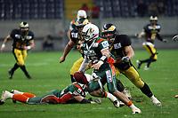Kyle Callahan (Kiel) auf der Flucht<br /> German Bowl XXXI Berlin Adler vs. Kiel Baltic Hurricanes, Commerzbank Arena *** Local Caption *** Foto ist honorarpflichtig! zzgl. gesetzl. MwSt. Auf Anfrage in hoeherer Qualitaet/Aufloesung. Belegexemplar an: Marc Schueler, Alte Weinstrasse 1, 61352 Bad Homburg, Tel. +49 (0) 151 11 65 49 88, www.gameday-mediaservices.de. Email: marc.schueler@gameday-mediaservices.de, Bankverbindung: Volksbank Bergstrasse, Kto.: 151297, BLZ: 50960101