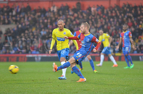 21.12.2013  London, England. Crystal Palace midfielder Barry Bannan in action during the Premier League game between Crystal Palace and Newcastle United from Selhurst Park