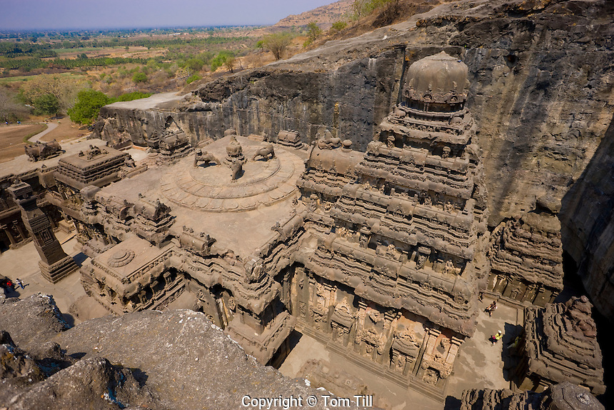 Kailasanatha Temple       Ellora World Heritage Site, India     8th Century Hindu Temple  Cave 16 R