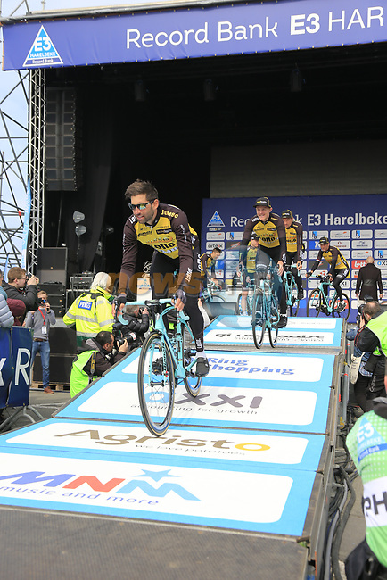 Team Lotto NL-Jumbo presented to the crowd before the start of the 60th edition of the Record Bank E3 Harelbeke 2017, Flanders, Belgium. 24th March 2017.<br /> Picture: Eoin Clarke | Cyclefile<br /> <br /> <br /> All photos usage must carry mandatory copyright credit (&copy; Cyclefile | Eoin Clarke)