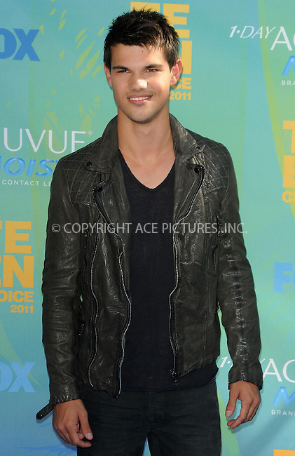 WWW.ACEPIXS.COM . . . . .  ....August 7 2011, LA....Taylor Lautner arriving at the 2011 Teen Choice Awards at the Gibson Amphitheatre on August 7, 2011 in Universal City, California....Please byline: PETER WEST - ACE PICTURES.... *** ***..Ace Pictures, Inc:  ..Philip Vaughan (212) 243-8787 or (646) 679 0430..e-mail: info@acepixs.com..web: http://www.acepixs.com