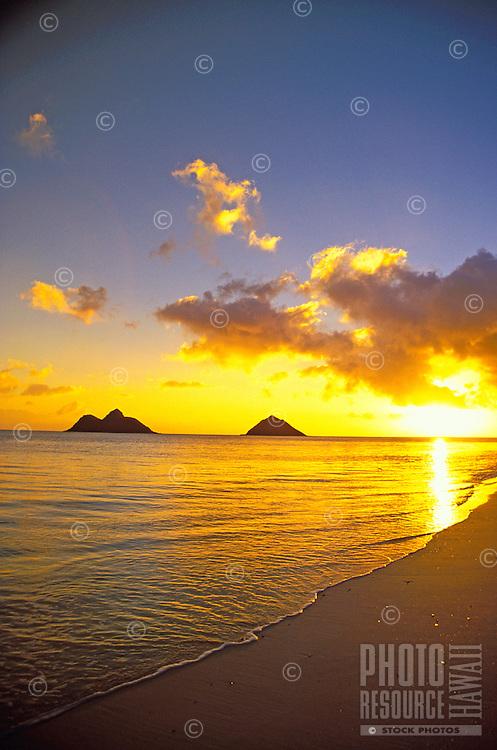 The beautiful Moku Lua Islands at sunrise. Located near Lanikai Beach and Kailua Beach on Oahu's windward side.