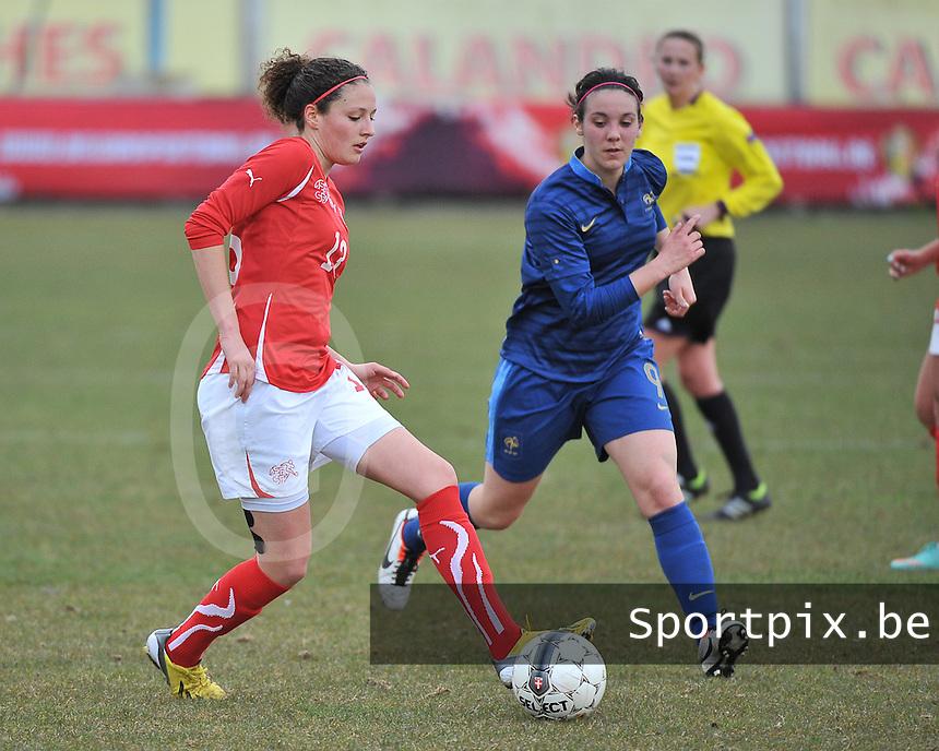 Switzerland U19 - France U19 : Sabrina Ribeaud (left) and French Clarisse Le Bihan.foto DAVID CATRY / Nikonpro.be