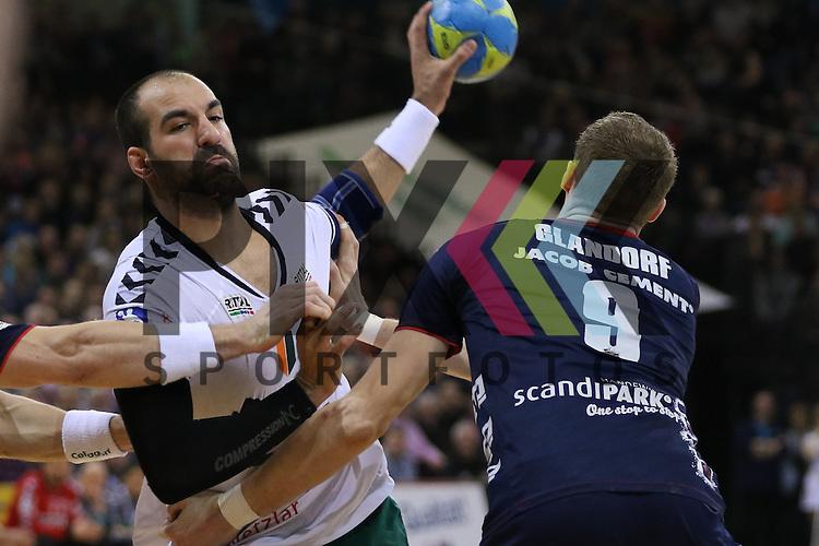 Flensburg, 15.03.16, Sport, Handball, DKB Handball Bundesliga, SG Flensburg-Handewitt-HSG Wetzlar : Joao Ferraz (HSG Wetzlar, #09), Holger Glandorf (SG Flensburg-Handewitt, #09)<br /> <br /> Foto &copy; PIX-Sportfotos *** Foto ist honorarpflichtig! *** Auf Anfrage in hoeherer Qualitaet/Aufloesung. Belegexemplar erbeten. Veroeffentlichung ausschliesslich fuer journalistisch-publizistische Zwecke. For editorial use only.