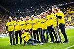11.05.2019, Signal Iduna Park, Dortmund, GER, 1.FBL, Borussia Dortmund vs Fortuna Düsseldorf, DFL REGULATIONS PROHIBIT ANY USE OF PHOTOGRAPHS AS IMAGE SEQUENCES AND/OR QUASI-VIDEO<br /> <br /> im Bild | picture shows:<br /> die Helden von Berlin werden vor dem Spiel geehrt, 1989 gewann der BVB den DFB Pokal, <br /> <br /> Foto © nordphoto / Rauch
